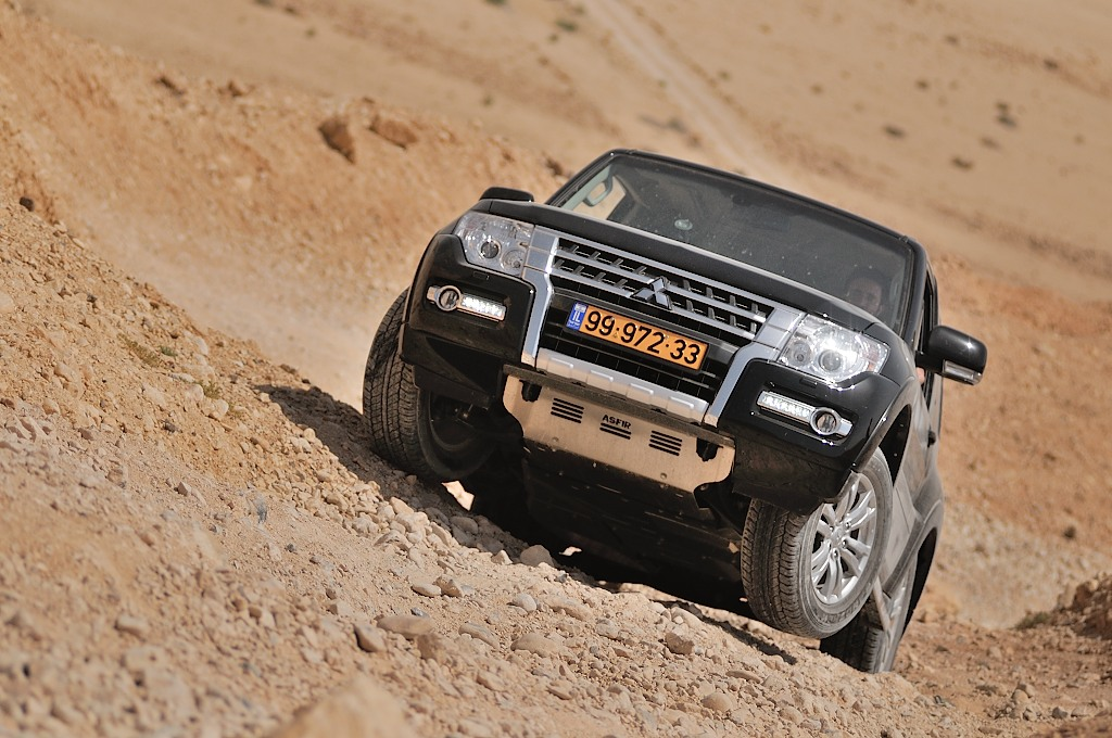 מעלה טכני ונהיגת שטח נכונה בפאג'רו
