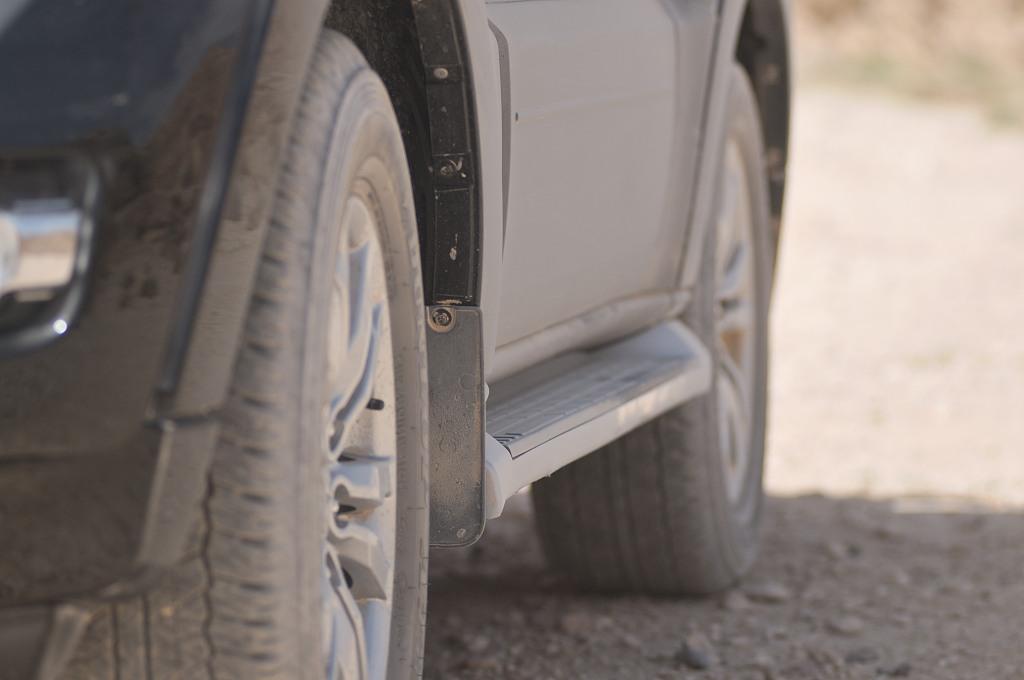 מגן סף לרכב שטח או מדרגות צד להגנה על דופן הרכב